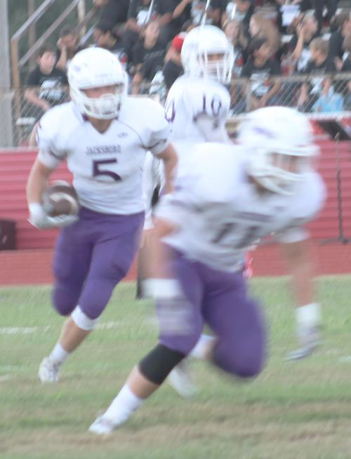 Jacksboro heads home to face Paradise Friday