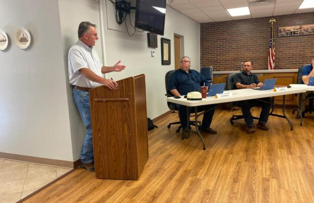 Council discusses sewer service company